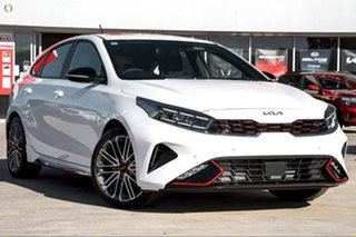 2021 Kia Cerato BD MY22 GT DCT White 7 Speed Sports Automatic Dual Clutch Hatchback.