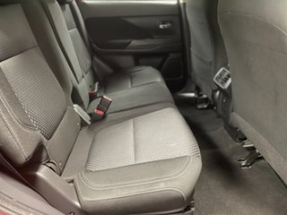 2018 Mitsubishi Outlander ZL MY19 ES 2WD Red 6 Speed Constant Variable Wagon