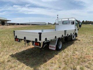 2021 Isuzu N Series NLR 45-150 Traypack MWB Manual.