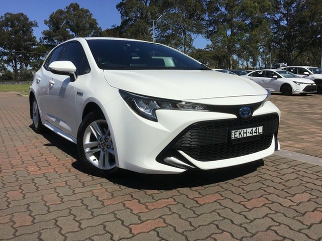Pre-Owned Toyota Corolla ZWE211R Ascent Sport E-CVT Hybrid Warwick Farm, 2020 Toyota Corolla ZWE211R Ascent Sport E-CVT Hybrid Glacier White 10 Speed Constant Variable