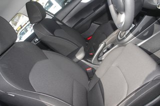 2021 Kia Cerato BD MY22 S Clear White 6 Speed Automatic Hatchback