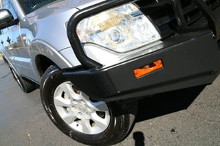 2011 Mitsubishi Pajero NT MY11 GLX Silver 5 Speed Sports Automatic Wagon.