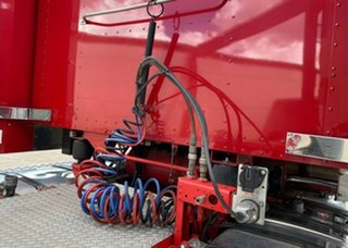 2015 Kenworth T900 Series T900 Series Truck Red Prime Mover