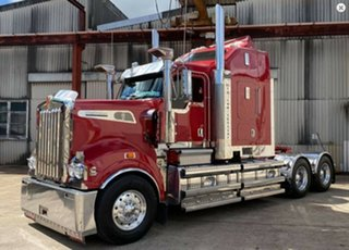 2015 Kenworth T900 Series T900 Series Truck Red Prime Mover.