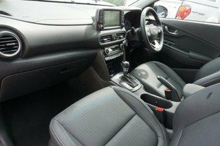 2020 Hyundai Kona OS.3 MY20 Highlander TTR (FWD) Chalk White & Phantom Black Roof 6 Speed Automatic