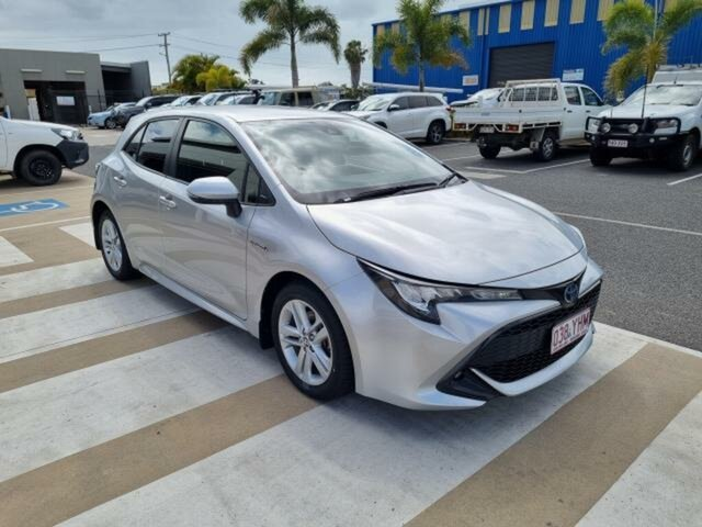 Pre-Owned Toyota Corolla ZWE211R SX Hybrid Gladstone, 2018 Toyota Corolla ZWE211R SX Hybrid Silver Pearl Continuous Variable Hatchback
