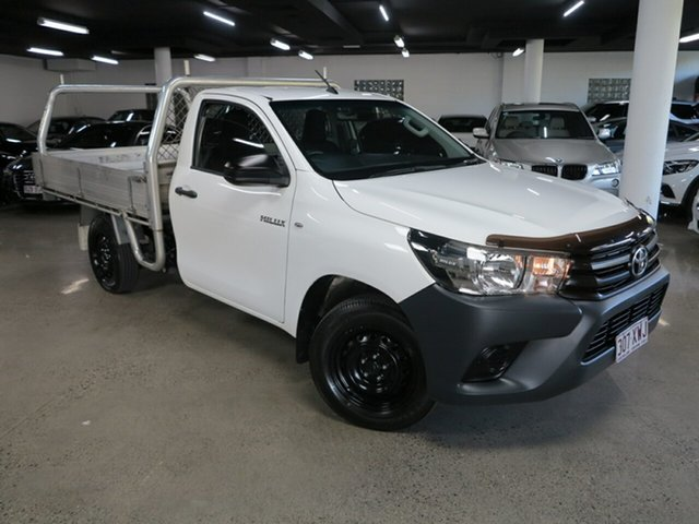 Used Toyota Hilux TGN121R Workmate 4x2 Albion, 2018 Toyota Hilux TGN121R Workmate 4x2 White 6 Speed Sports Automatic Cab Chassis