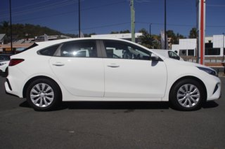 2021 Kia Cerato BD MY22 S Clear White 6 Speed Automatic Hatchback.
