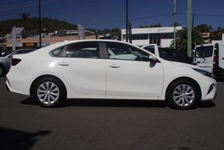 2021 Kia Cerato BD MY22 S Safety Pack Clear White 6 Speed Automatic Sedan.