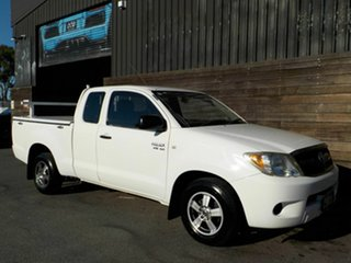 2007 Toyota Hilux GGN15R MY08 SR Xtra Cab 4x2 White 5 Speed Automatic Utility.