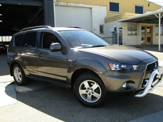 2011 Mitsubishi Outlander ZH MY12 Platinum 2WD Brown 6 Speed Constant Variable Wagon.
