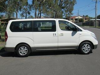 2009 Hyundai iMAX TQ-W White 4 Speed Automatic Wagon.