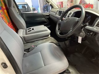 2005 Toyota HiAce KDH222R Commuter White 4 Speed Automatic Bus