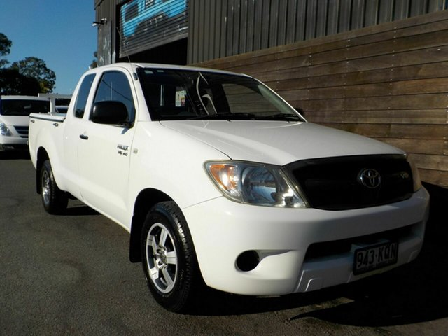 Used Toyota Hilux GGN15R MY08 SR Xtra Cab 4x2 Labrador, 2007 Toyota Hilux GGN15R MY08 SR Xtra Cab 4x2 White 5 Speed Automatic Utility