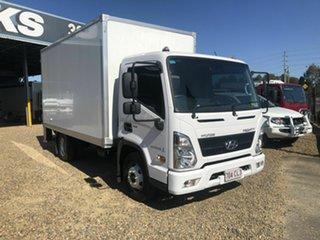 2021 Hyundai Mighty White Pantech 3.9l.
