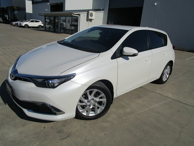 Used Toyota Corolla ZRE182R Ascent Sport S-CVT Caboolture, 2015 Toyota Corolla ZRE182R Ascent Sport S-CVT White 7 Speed Constant Variable Hatchback