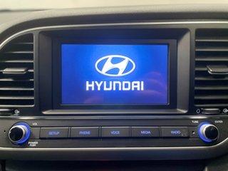 2016 Hyundai Elantra AD MY17 Active White 6 Speed Sports Automatic Sedan