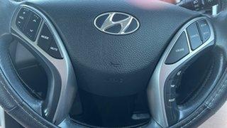 2014 Hyundai i30 GD2 MY14 Trophy Creamy White 6 Speed Sports Automatic Hatchback