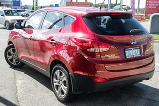2010 Hyundai ix35 LM Active Red 6 Speed Sports Automatic Wagon.