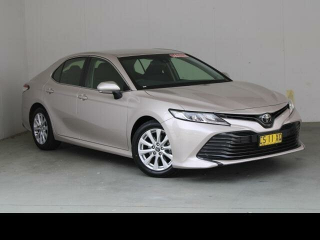Used Toyota Camry Belconnen, 2018 Toyota Camry Steel Blonde Automatic Sedan