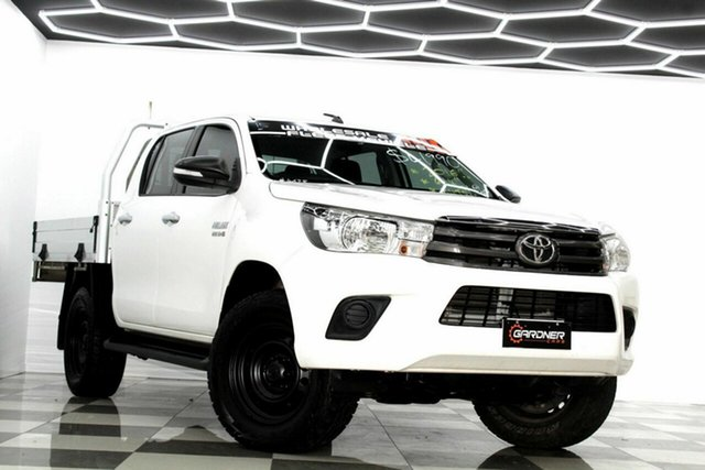 Used Toyota Hilux GUN126R SR (4x4) Burleigh Heads, 2016 Toyota Hilux GUN126R SR (4x4) White 6 Speed Automatic Dual Cab Chassis