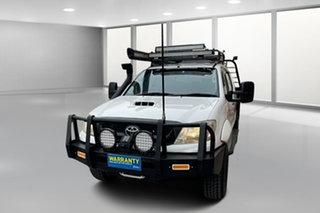 2010 Toyota Hilux KUN26R MY10 SR White 5 Speed Manual Utility.