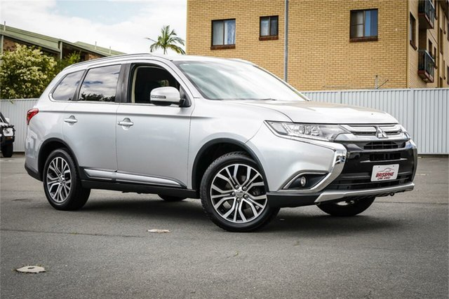 Used Mitsubishi Outlander ZK MY18 LS 2WD Safety Pack Moorooka, 2017 Mitsubishi Outlander ZK MY18 LS 2WD Safety Pack Silver 6 Speed Constant Variable Wagon