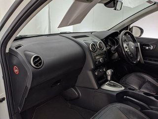 2010 Nissan Dualis J10 Series II MY2010 +2 Hatch X-tronic Ti White 6 Speed Constant Variable
