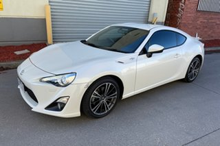 2013 Toyota 86 ZN6 GTS White 6 Speed Manual Coupe.