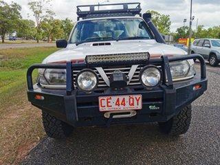 2000 Nissan Patrol GU II ST White 5 Speed Manual Wagon.
