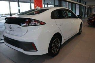 2021 Hyundai Ioniq AE.V4 MY21 electric Elite Polar White 1 Speed Reduction Gear Fastback