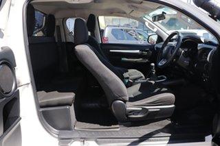 2015 Toyota Hilux GUN126R SR5 Extra Cab White 6 Speed Manual Utility