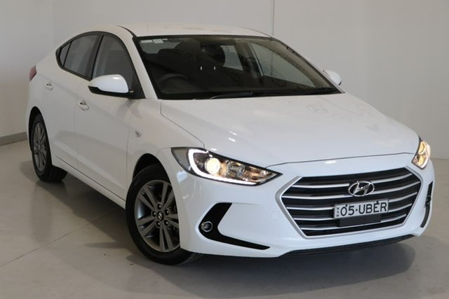 Used Hyundai Elantra AD MY18 Active Wagga Wagga, 2018 Hyundai Elantra AD MY18 Active White 6 Speed Sports Automatic Sedan