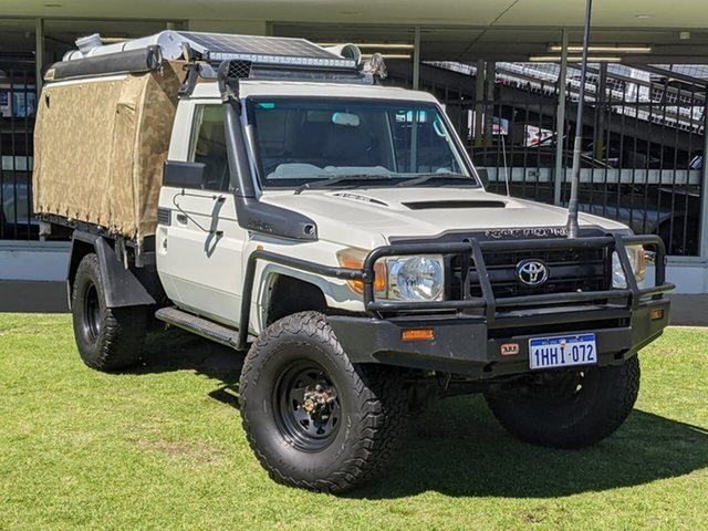 Used Toyota Landcruiser VDJ79R MY10 Workmate Victoria Park, 2011 Toyota Landcruiser VDJ79R MY10 Workmate White 5 Speed Manual Cab Chassis