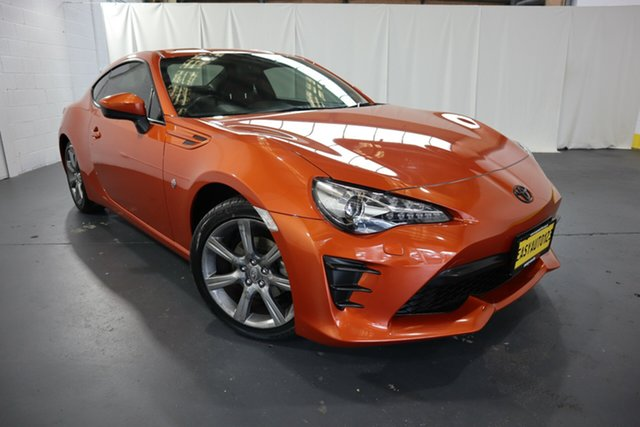 Used Toyota 86 ZN6 GT Castle Hill, 2017 Toyota 86 ZN6 GT Orange 6 Speed Sports Automatic Coupe