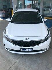 2017 Kia Cerato YD MY17 S White 6 Speed Sports Automatic Hatchback.