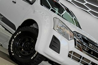 2017 Isuzu D-MAX TF MY17 SX (4x4) White 6 Speed Automatic Crew Cab Chassis.