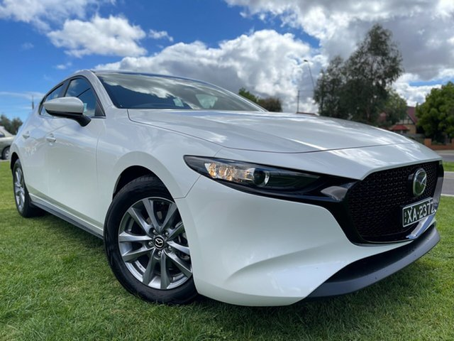 Used Mazda 3 BP2H7A G20 SKYACTIV-Drive Pure Hindmarsh, 2020 Mazda 3 BP2H7A G20 SKYACTIV-Drive Pure Snowflake White 6 Speed Sports Automatic Hatchback