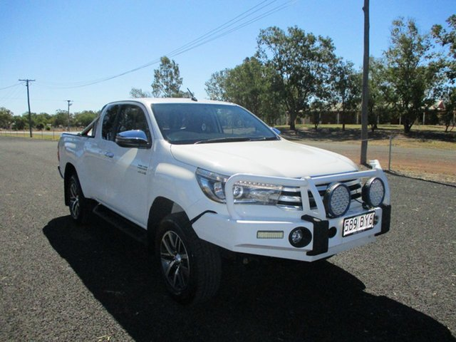Pre-Owned Toyota Hilux GUN126R MY17 SR5 (4x4) Roma, 2018 Toyota Hilux GUN126R MY17 SR5 (4x4) Glacier White 6 Speed Automatic X Cab Utility