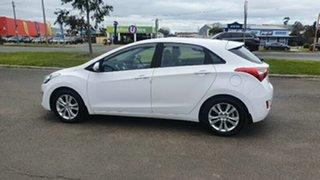 2014 Hyundai i30 GD2 MY14 SE Creamy White 6 Speed Sports Automatic Hatchback