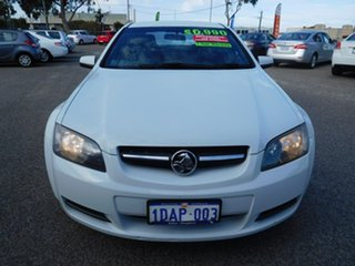 2009 Holden Commodore VE MY09.5 Omega White 4 Speed Automatic Sedan.