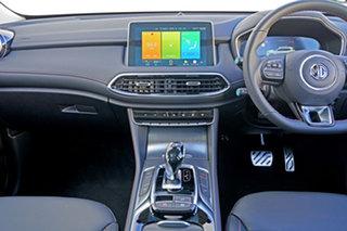 HS PHEV ESSENCE 1.5L T/P 6Spd Auto Wagon