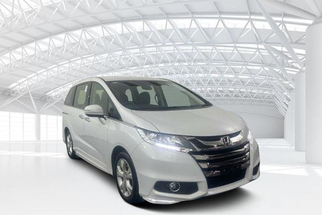 Used Honda Odyssey RC MY19 VTi Moorebank, 2019 Honda Odyssey RC MY19 VTi White Orchid 7 Speed Constant Variable Wagon