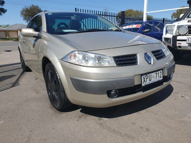 Used Renault Megane II E84 Phase II Dynamique Morphett Vale, 2007 Renault Megane II E84 Phase II Dynamique Silver 6 Speed Manual Cabriolet