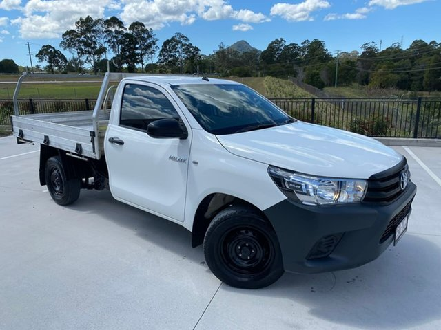 Used Toyota Hilux TGN121R Workmate 4x2 Cooroy, 2018 Toyota Hilux TGN121R Workmate 4x2 White 5 Speed Manual Cab Chassis