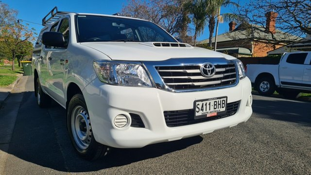 Used Toyota Hilux KUN16R MY14 SR Prospect, 2015 Toyota Hilux KUN16R MY14 SR 5 Speed Manual Dual Cab Pick-up