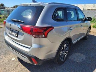 2018 Mitsubishi Outlander ZL MY18.5 ES 2WD Silver 6 Speed Constant Variable Wagon.