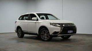2017 Mitsubishi Outlander ZL MY18.5 ES 2WD ADAS Wicked White 6 Speed Constant Variable Wagon.