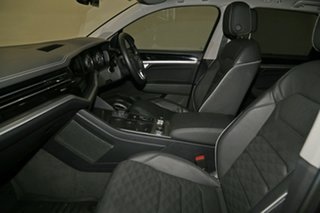 2019 Volkswagen Touareg CR MY19 190TDI Tiptronic 4MOTION Launch Edition Reef Blue Metallic 8 Speed