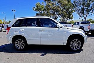 2017 Suzuki Grand Vitara JB Sport White 5 Speed Manual Wagon
